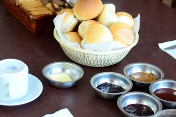 Hi Patagonia Hostel : HI Patagonia hostel,hostel breakfast