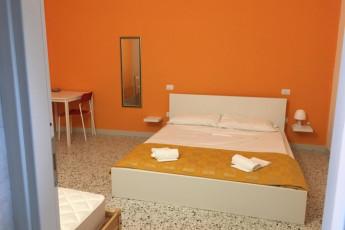 Glemerald Hostel : X540946, Glemerald hostel, double room image2