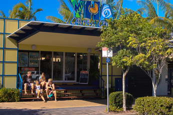 Cairns - Cairns Central YHA : Entrance