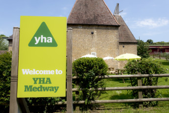 YHA Medway : 018065 - Medway hostel external view image