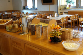 Rothenburg ob der Tauber : breakfast 1
