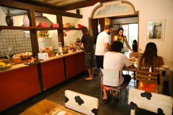 Ilha Bela - Hostel Central Ilhabela : Café da manhã