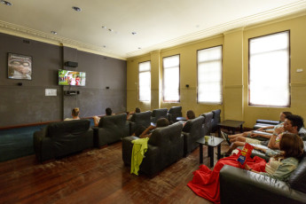 Perth City YHA : Perth City YHA movie room