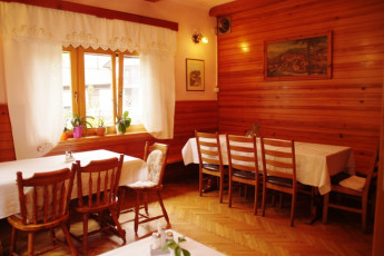 Youth Hostel Ljubno ob Savinji : 092535, Youth Hostel Ljubno Ob Savinji, second dining room image