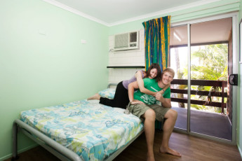 Airlie Beach YHA : Double Room