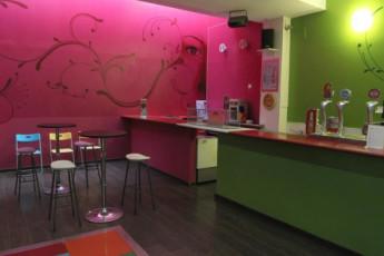 Valencia – Purple Nest Hostel : purple nest social area