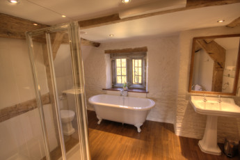 YHA Wilderhope Manor :
