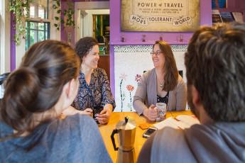 HI - Portland Hawthorne Hostel : Dining Room
