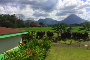La Fortuna - Jardines Arenal : jardines-vista