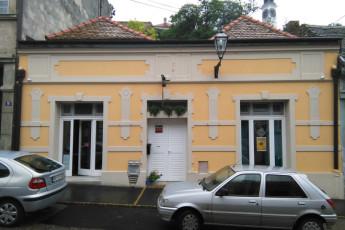 Varad Inn Boutique Hostel : novi-sad-hostel-fasad