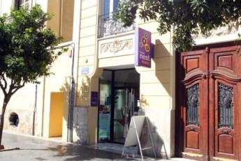 Valencia – Purple Nest Hostel : purple nest external image