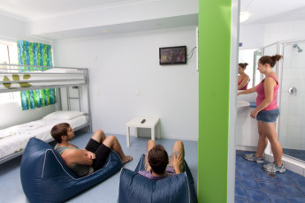 Cairns - Cairns Central YHA : Family Room