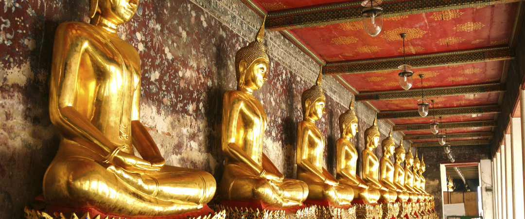 Serene temples, gleaming statues and musky incense are all waiting to be discovered by you in Bangkok.