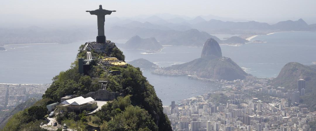 Rio de Janeiro es conocida por su impresionante paisaje y su impresionante arquitectura, lo que la convierte en una visita obligada.