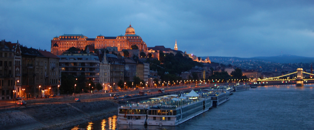 Take advantage of the sparkling river Danube - take a stroll alongside, over the bridges or stay on a boat.