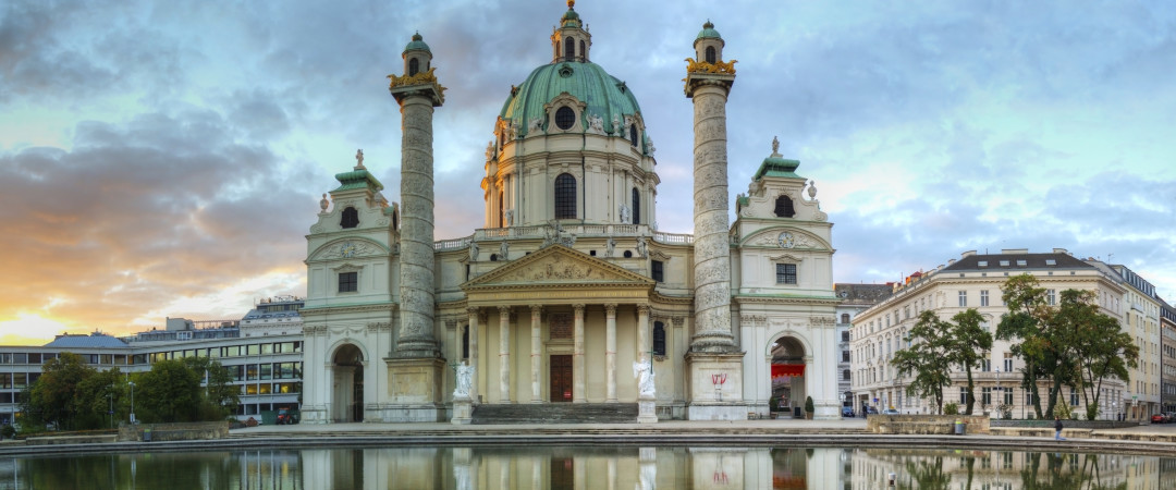 Pay a visit to the most interesting and baroque church, the Karlskirche which dominates the Karlsplatz square.