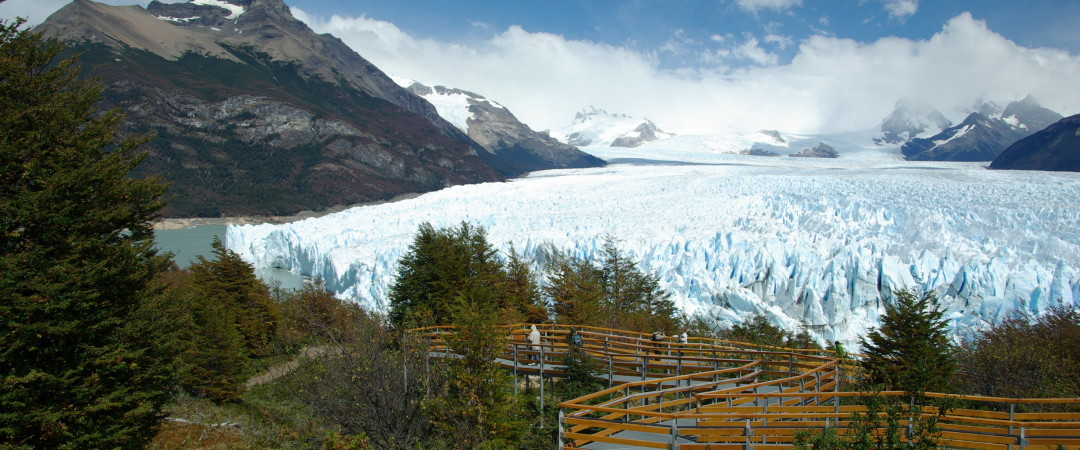 Stay in the centre of Los Glaciares National Park and experience the stunning natural scenery for yourself.