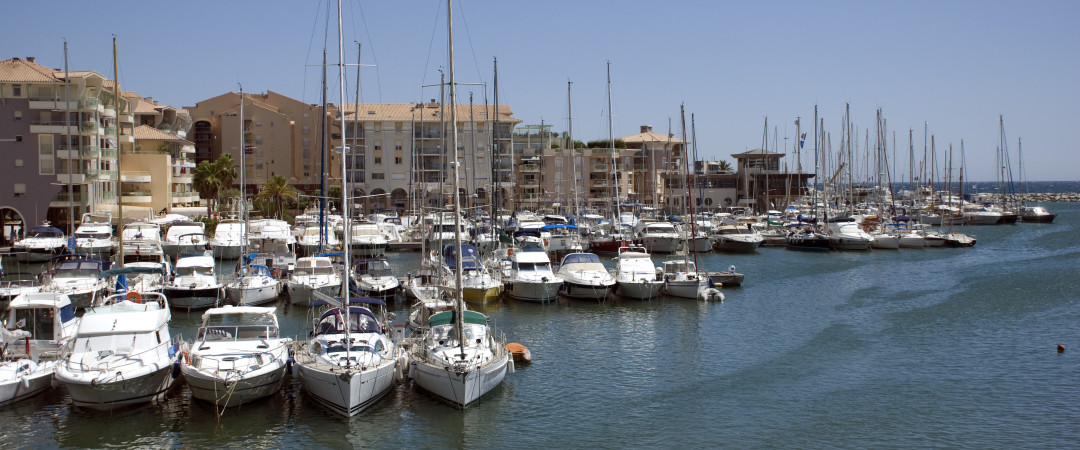 Fréjus boasts a glimmering marina as well as a fine beach. No wonder Julius Caesar decided to build it up. Nearby vineyards add to the fun.