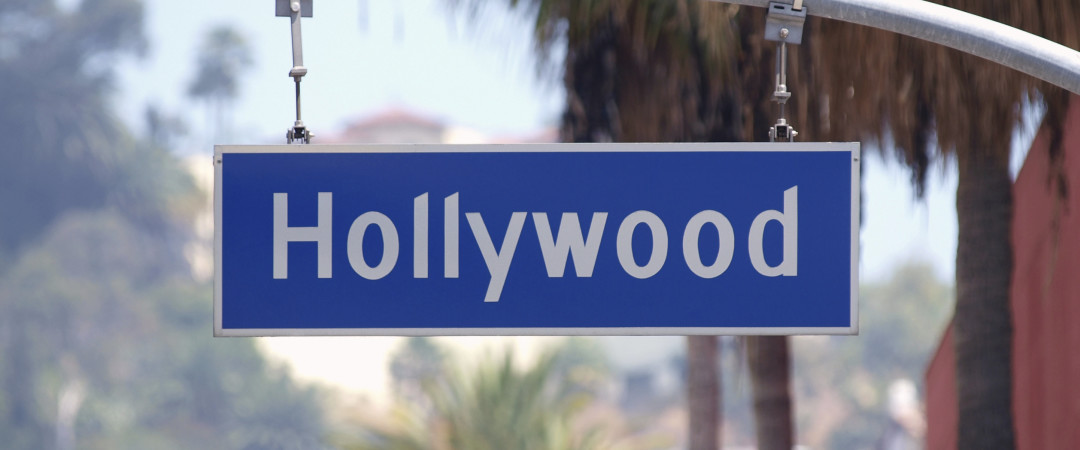 Take a Hollywood tour and discover celebs' secrets, the legendary Walk of Fame Boulevard and the famous hot spots great for star spotting.