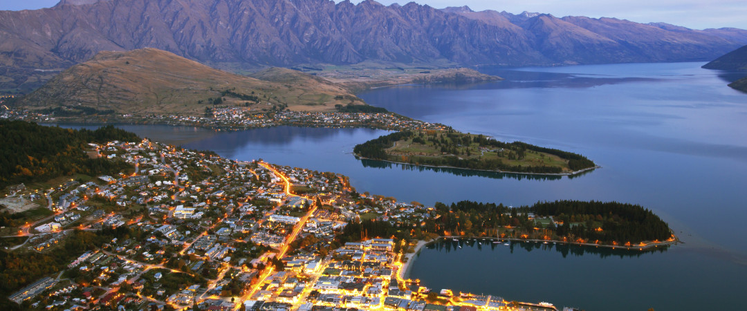 A haven for outdoor enthusiasts, all the adventure that Queenstown has to offer is at your fingertips.