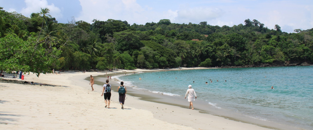 Spend a relaxing day at Manuel Antonio beach and enjoy the beauty of the surrounding scenery.