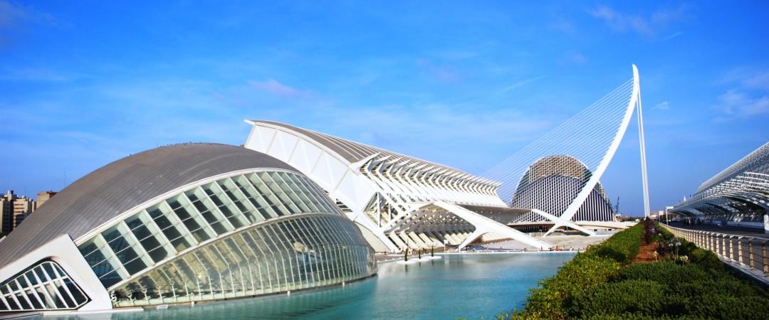 descubrir la ciudad de las Artes y las Ciencias, un entretenimiento basada complejo cultural y arquitectónico de la ciudad de Valencia.