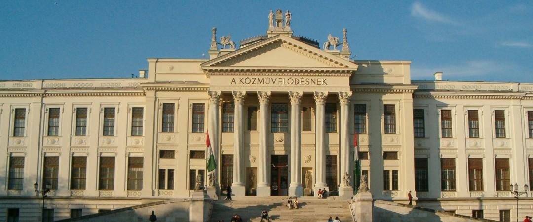 con el albergue está a poca distancia de la Universidad de Szeged nunca se está lejos de la animada vida nocturna de la ciudad.