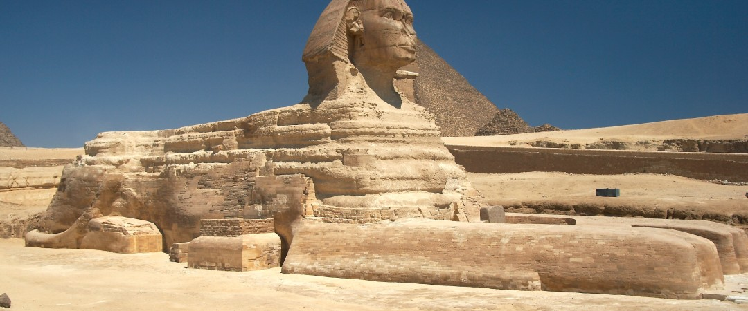 With the hostel just a short distance from Giza, you can visit the mighty pyramid complex and the world famous Great Sphinx.