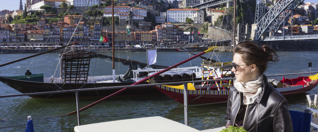 Take a morning stroll along the waterfront and enjoy a magnificent view of the river Douro.
