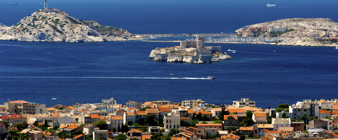 Wander the Old Port of Marseille and feel the history as you visit the centuries-old forts and Roman abbey.