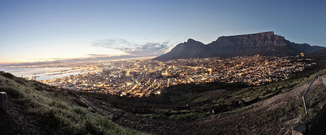 Visit the mother city of South Africa, with it's stunning beaches, vibrant atmosphere and endless sightseeing opportunities.