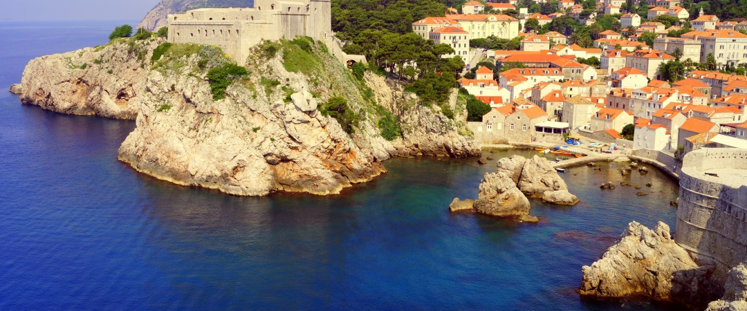 Be filled with awe at the sight of Dubrovnik's old town.