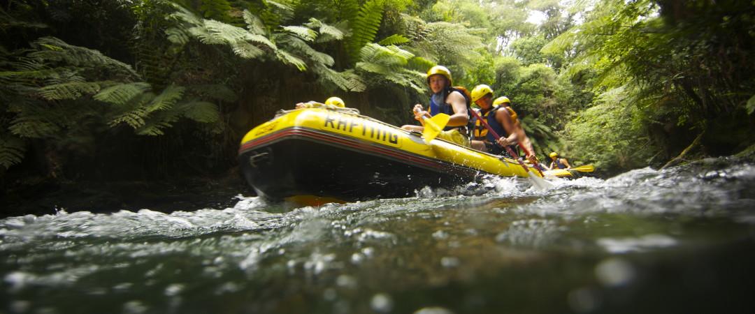Brave white water rafting in Rotorua.