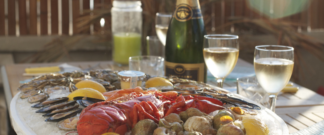 Saboreie as maravilhas da culinária francesa na Fête de la Gastronomie, com apoio de nossos hostels na França.