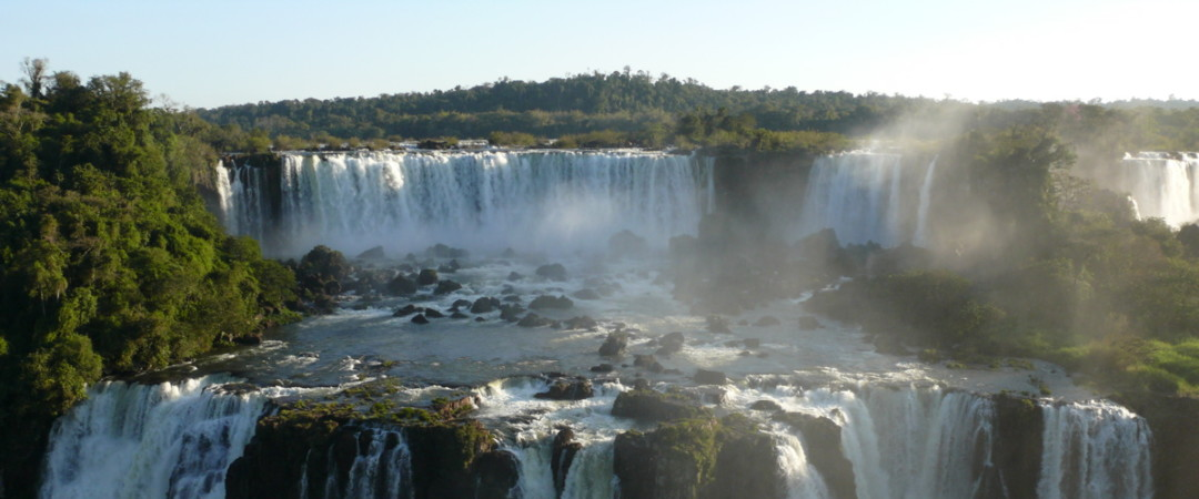 Stay in a beautiful, relaxing location, ideally situated for visiting the magnificent Iguazu falls.