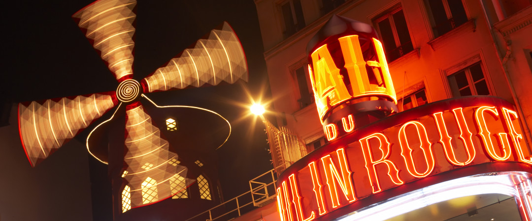 The Moulin Rouge is just a short Metro ride away from our hostel, perfect to catch a show at the most famous cabaret on the planet.