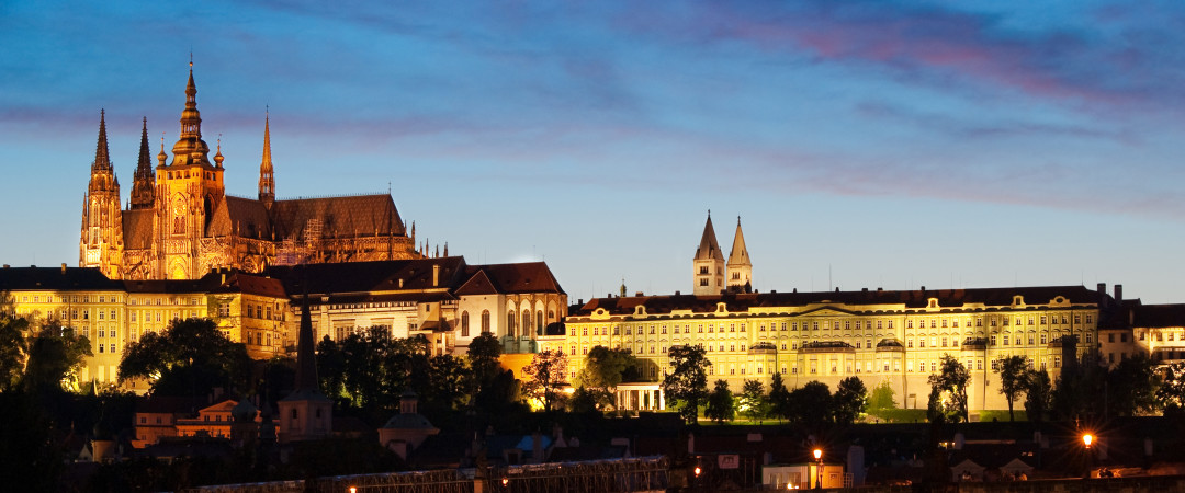 Don't miss the chance to see the Prague castle, the world's largest ancient castle, which is just a walk away from the hostel!