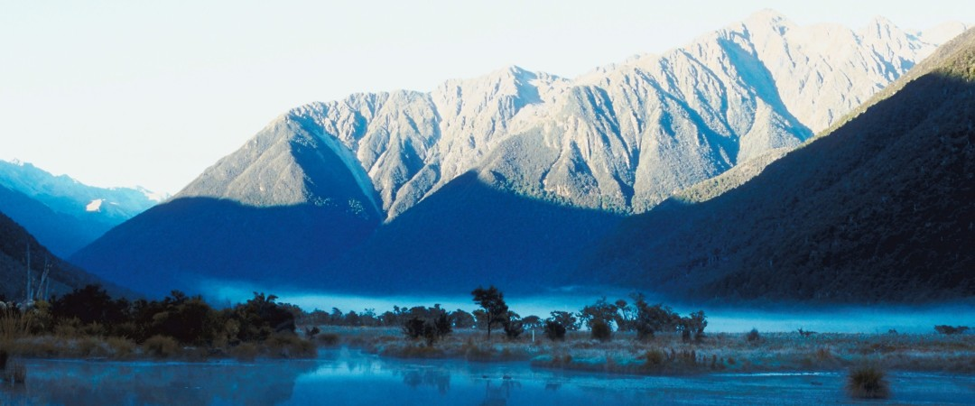 Take in the beautiful scenery around Lake Wanaka in New Zealand as you descend the slopes