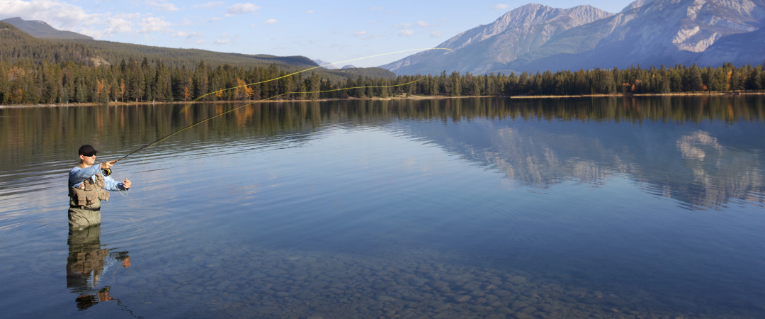 If you enjoy fishing, Jasper National Park is the perfect location for a calming and comfortable fishing getaway.