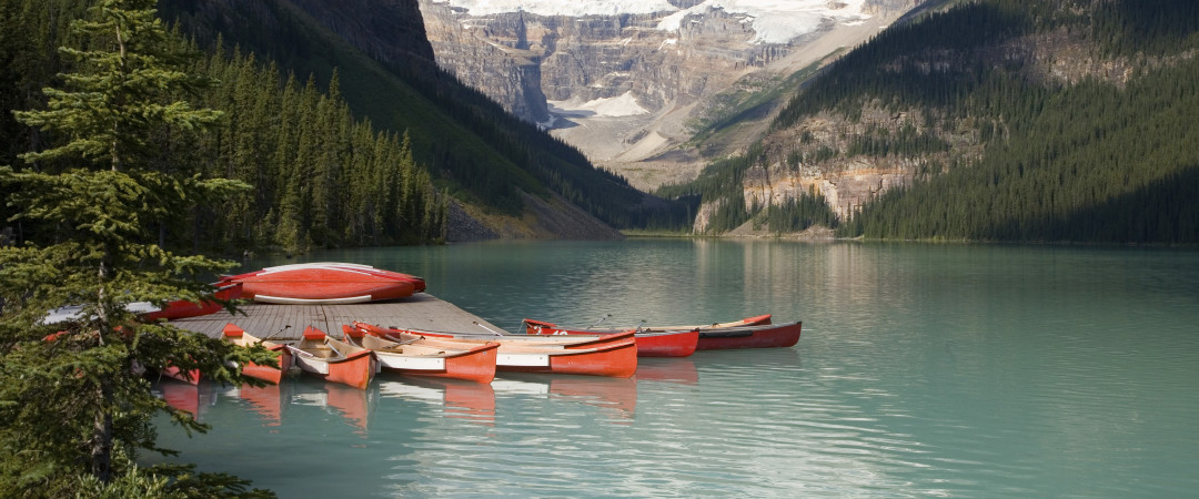 The Lake Louise area offers opportunities to canoe, ski, hike and snowboard to your heart's content - just don't forget your camera!