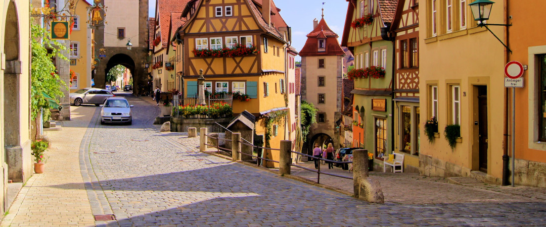 Take a journey into the past and wander through the medieval, cobbled streets of the idyllic Rothenburg ob der Tauber.