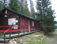 HI - Beauty Creek Wilderness Hostel