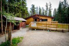 HI - Athabasca Falls Wilderness Hostel