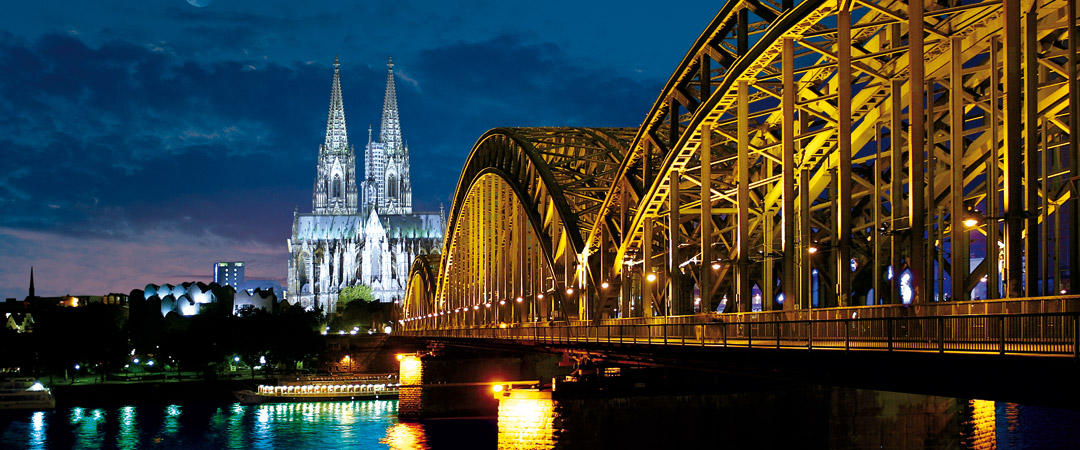 Three of our youth hostels are located close to Cologne Cathedral which has been a UNESCO World Heritage Site since 1996.