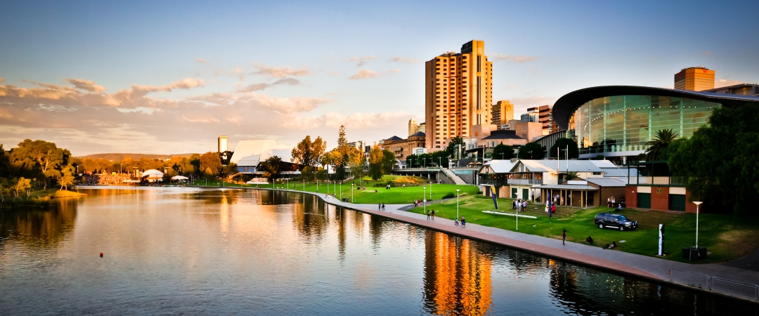 Follow the River Torrens passing beautiful waterways, parks and buildings along the way.