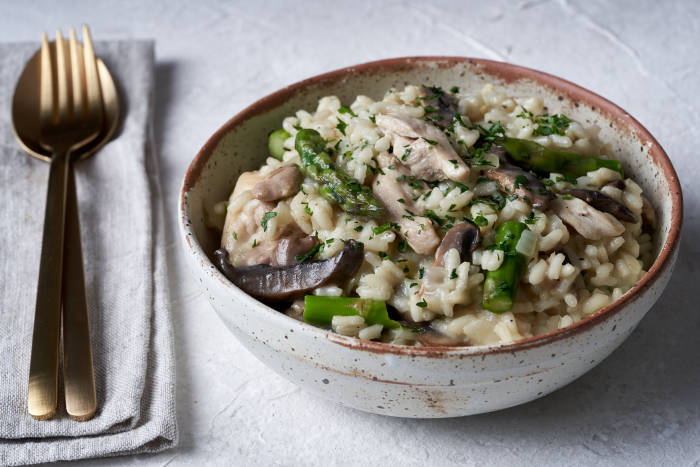 Chicken, mushroom and asparagus risotto