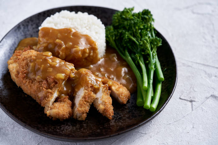 S&B golden curry served with chicken katsu, white rice and broccoli
