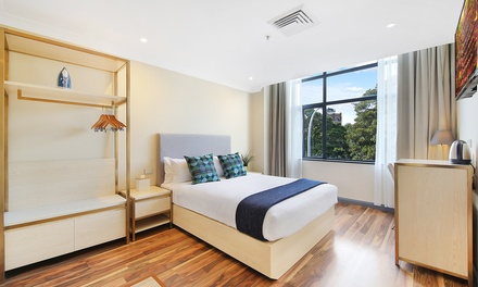 Sydney-Broadway: 1 Night Stay for Two with Breakfast and Late Check-Out at Ryals Hotel