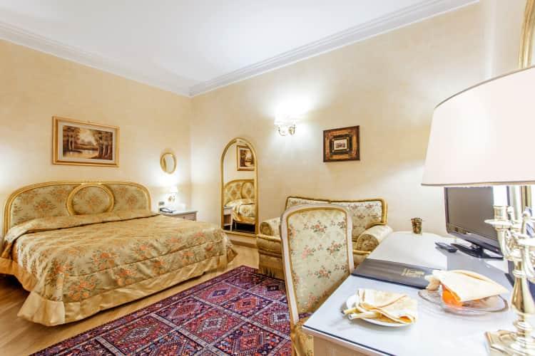 Cuarto con tres camas solas