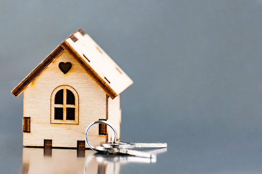 """How you can say """"Sell my House Fast"""" When Downsizing"""